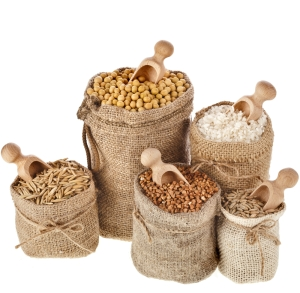 shutterstock_192072407 wholegrains in sacks Mar15