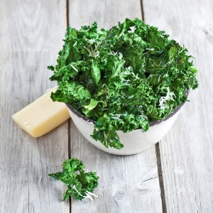 shutterstock_192761054 bowl of kale Apr15