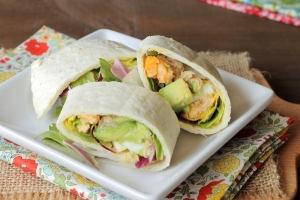 shutterstock_187591727 egg and avocado wrap May15
