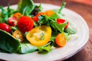 shutterstock_203320249 tomato salad June15