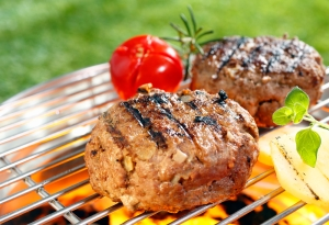 shutterstock_131316113 homemade burgers July15