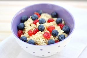 shutterstock_185196485 quinoa porridge Aug15
