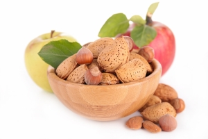 shutterstock_216731794 nuts and apples Sept15