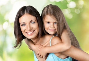 shutterstock_269417912 mother and child Sept15
