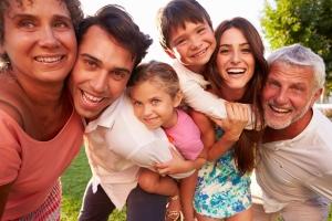 shutterstock_242759494 multi generational family Oct15