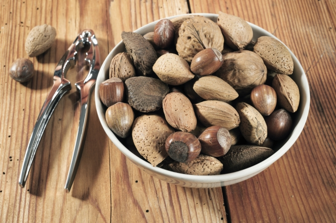 shutterstock_179669312 bowl of nuts Dec15