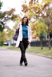shutterstock_37965340 woman walking in autumn park Jan16