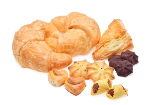 shutterstock_363740588 cakes and pastries Mar16