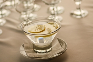 shutterstock_395549032 glass of water with lemon Apr16