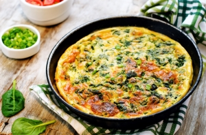 shutterstock_250482523 spinach omelette May16