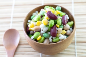 shutterstock_310299464 mixed bean salad May16