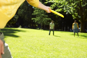 shutterstock_125669204 frisbee outdoors June16