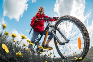 shutterstock_375534670 woman cycling June16