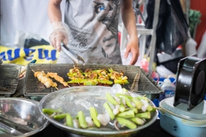 shutterstock_431122087 street food vegetarian festival June16