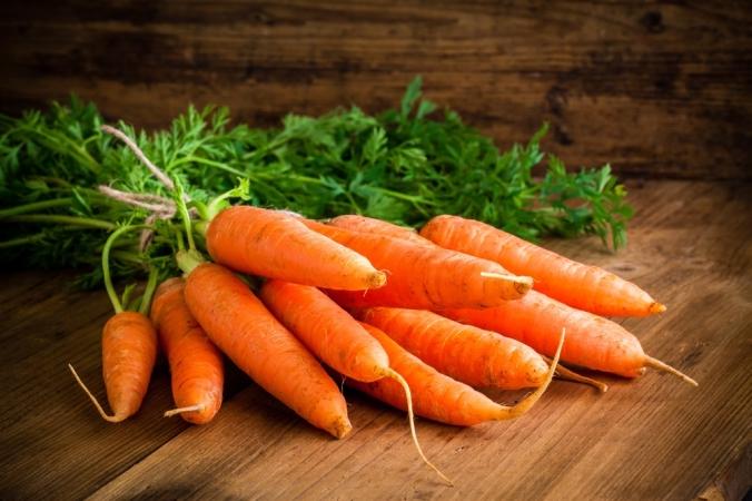 shutterstock_250834906 carrots July16