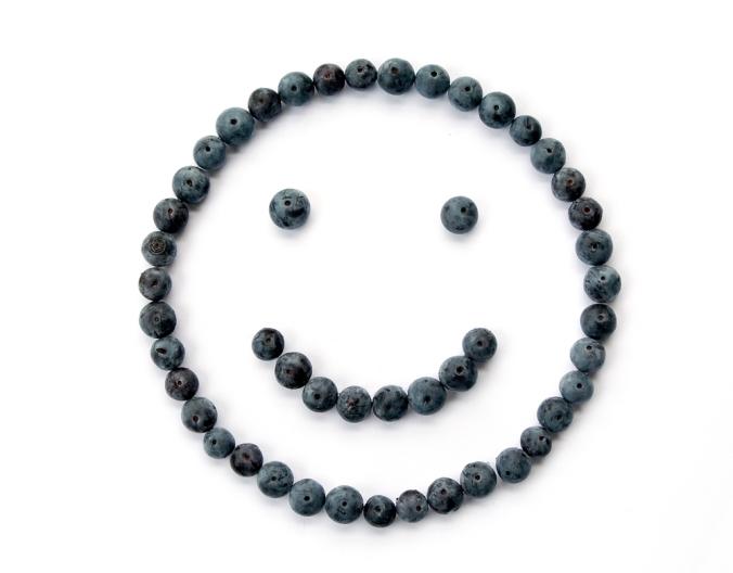 shutterstock_3735352-blueberries-smile-face-oct16