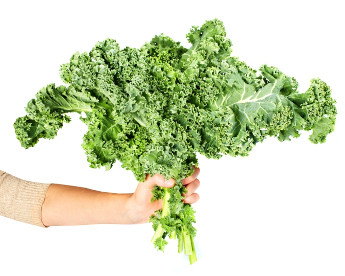 shutterstock_232612981-woman-with-kale-nov16