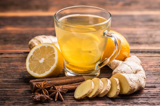 shutterstock_261563603-ginger-tea-hot-toddy-dec16