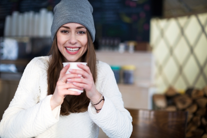 shutterstock_381162418-woman-winter-drink-dec16