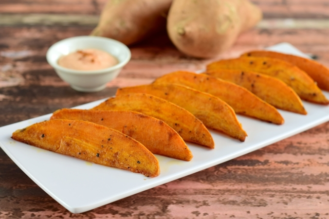 shutterstock_429273175-sweet-potato-wedges-dec16
