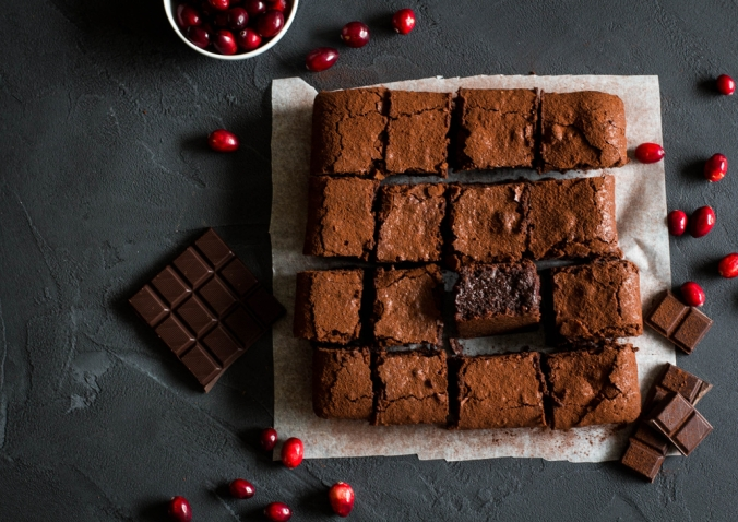 shutterstock_503361316-cranberry-chocolate-brownie-dec16