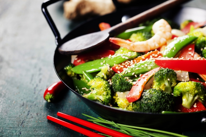 FResh vegetable stir fry in a wok