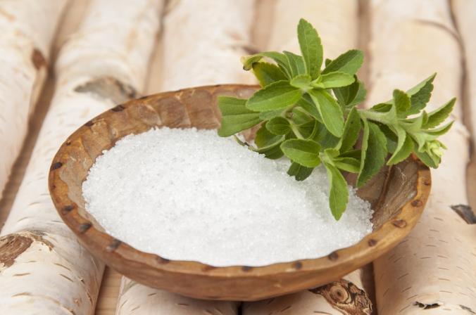 shutterstock_343257872-xylitol-stevia-sugar-feb17
