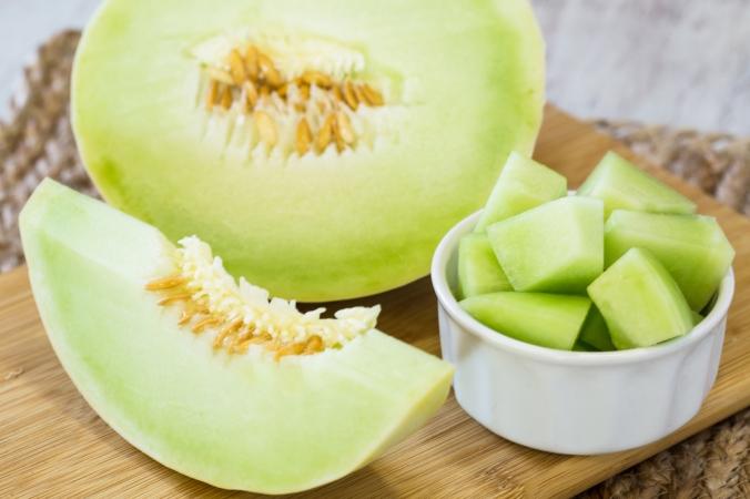 shutterstock_651019798 honeydew melon Aug17