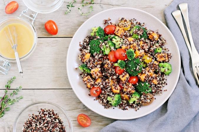 A quinoa salad with vegetables