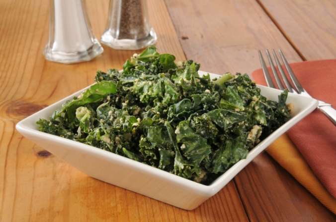 Kale dish with sesame seeds and ginger
