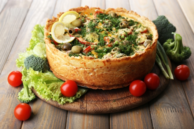 shutterstock_238145404 vegetarian pie Mar21