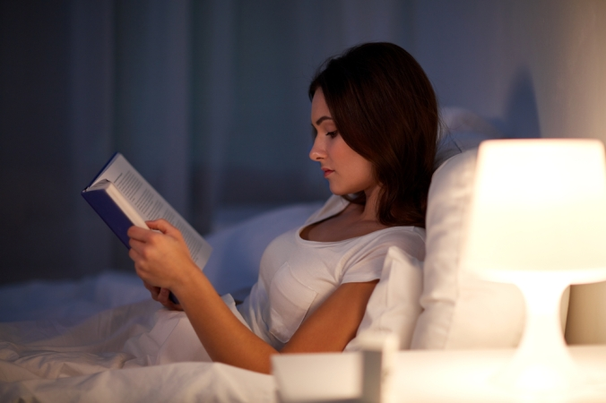 Leisure,And,People,Concept,-,Young,Woman,Reading,Book,In