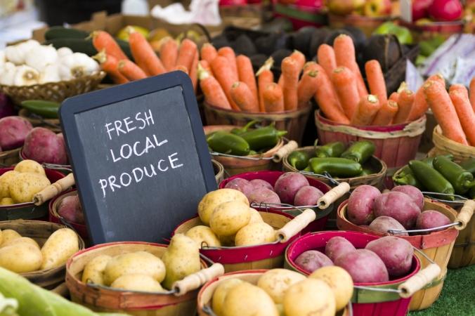 shutterstock_141202630 local farmers market July20