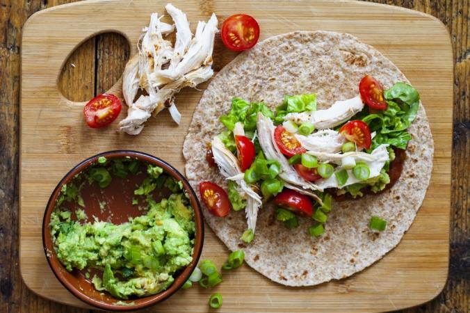 Chicken,And,Salad,Tortilla